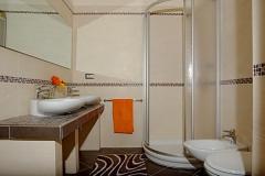 LILLA bathroom